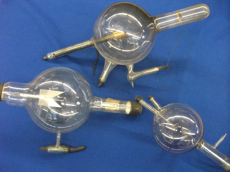 high voltage vacuum discharge tubes used by Macintyre