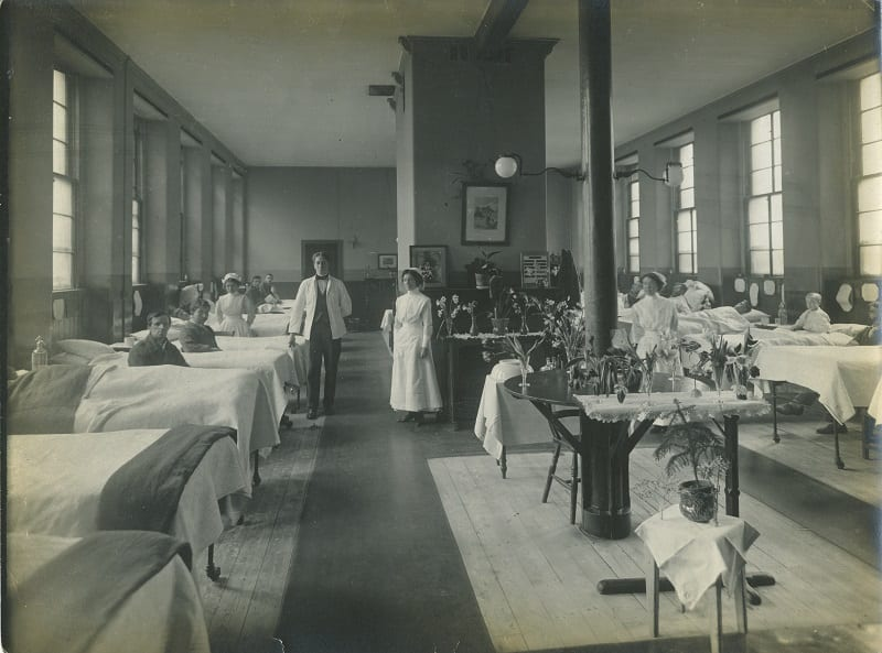 Lister ward at Glasgow Royal Infirmary c.1900
