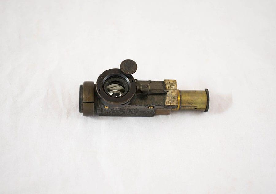 2003.77.30_thomas reid portable ophthalmometer