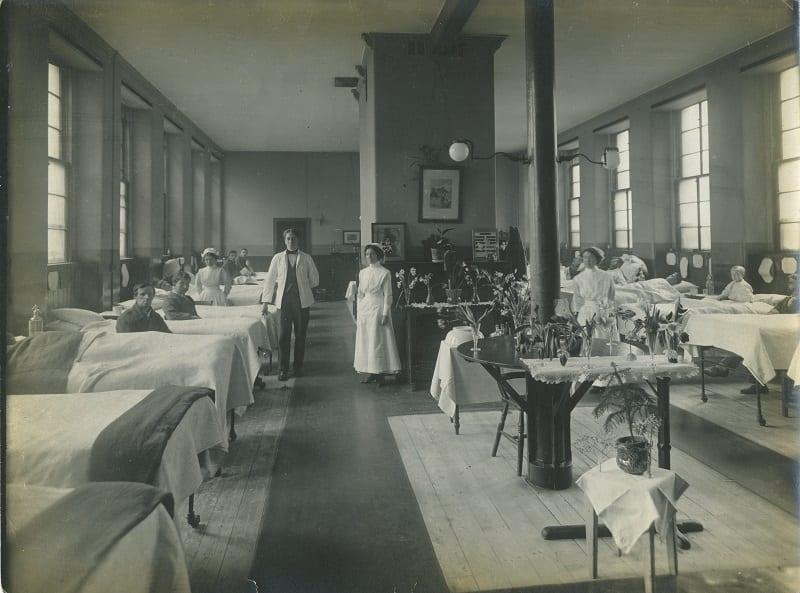 Lister ward at Glasgow Royal Infirmary c.1900